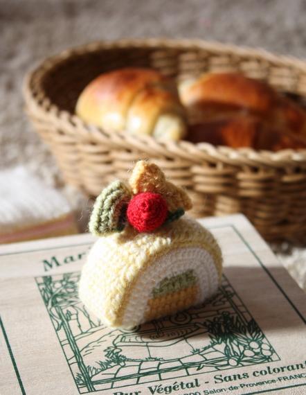毛糸のケーキ