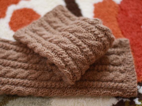 アラン編みのレッグウォーマー