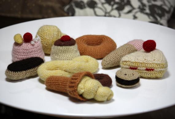 毛糸のパンやケーキ