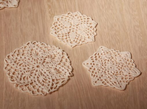 レース編みのミニモチーフ